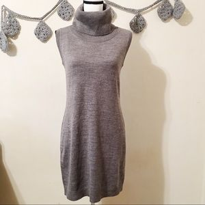 NWT Cupcakes and Cashmere Turtle Neck Tunic S